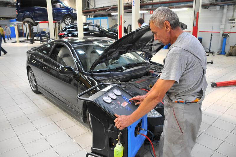 Сколько стоит заправить кондиционер в авто